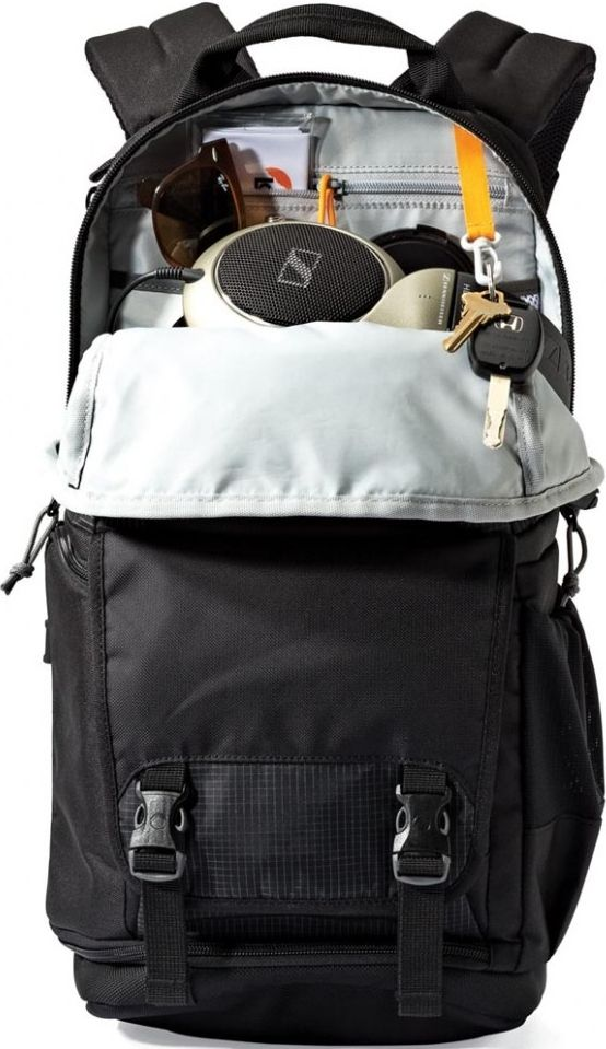 LOWEPRO FASTPACK BP 150 AW II ouvert exemple