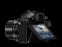 Olympus OMD E-M10 Mark II noir profil écran incliné