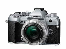 Olympus OM-D E-M5 Mark III + 14-42 mm f / 3.5-5.6 EZ