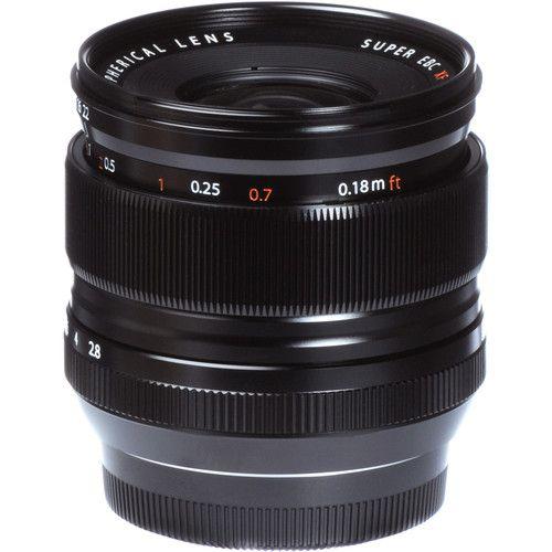 Objectif ultra-grand angle Fujifilm XF 14 mm f / 2,8 R