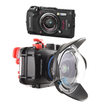 Olympus pack TG5 avec caisson PT058 grand angle WFL02