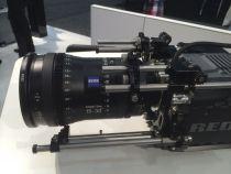 Système de cinéma numérique pour Red Epic & Scarlet (hublot N200 pour lentilles PL, RedTouch 5, comprend un hublot grand angle e